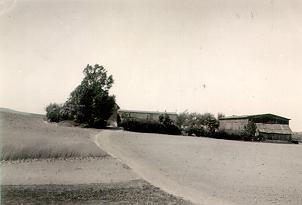 A picture of a farm [1930] at Rakowiec, Poland